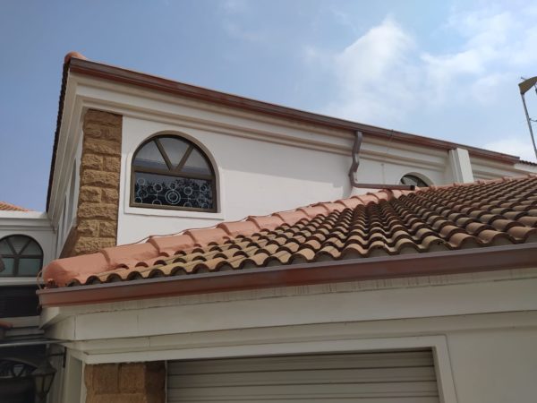 Seamless Guttering - Universal Roofing