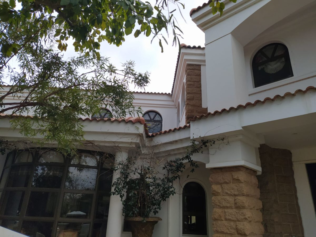 Universal Roofing - House Entrance - Roofing